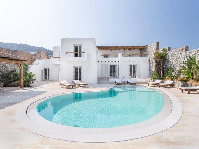 isolated sea view villa